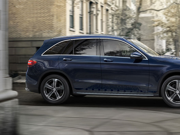 2017 Mercedes Glc300 Suv Is Roomy Cly And Comfortable