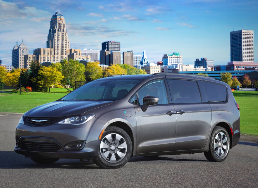 A Hybrid Minivan The 2018 Chrysler Pacifica Limited