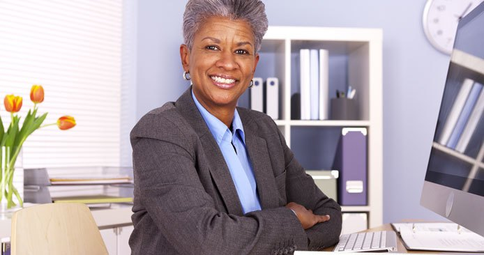 Lady with gray hair smiling