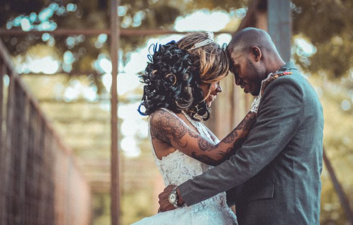 couple should talk about money before the wedding
